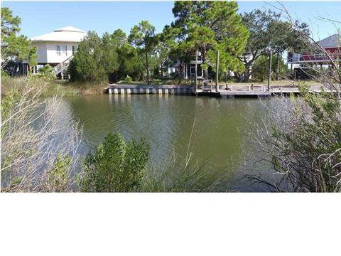 719 Randolph St, Saint George Island, FL 32328