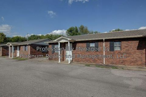 Photo of 404 13 Thompsonville Ln Unit 13, Oak Grove, KY 42262