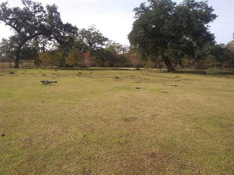 Photo of 192 Hunters Ln, Sweeny, TX 77480