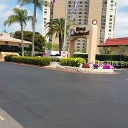 7930 Sun Island Dr S Apt 108, South Pasadena, FL 33707
