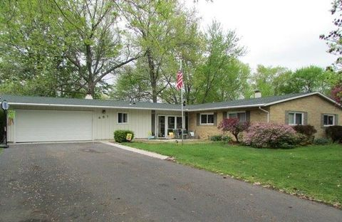 451 Sheffield Dr, Valparaiso, IN 46385