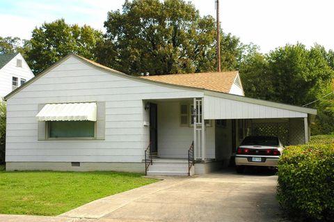 218 S 29th St, Parsons, KS 67357