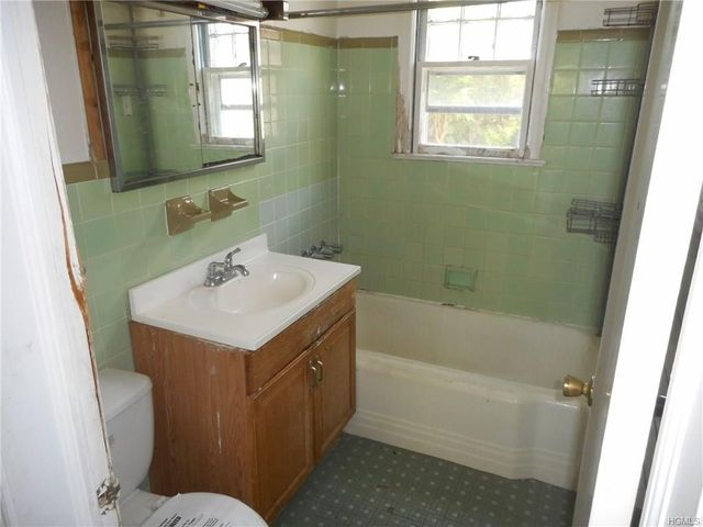 Bathroom Remodeling Yonkers Ny 711 mile square rd, yonkers, ny 10704 - realtor®
