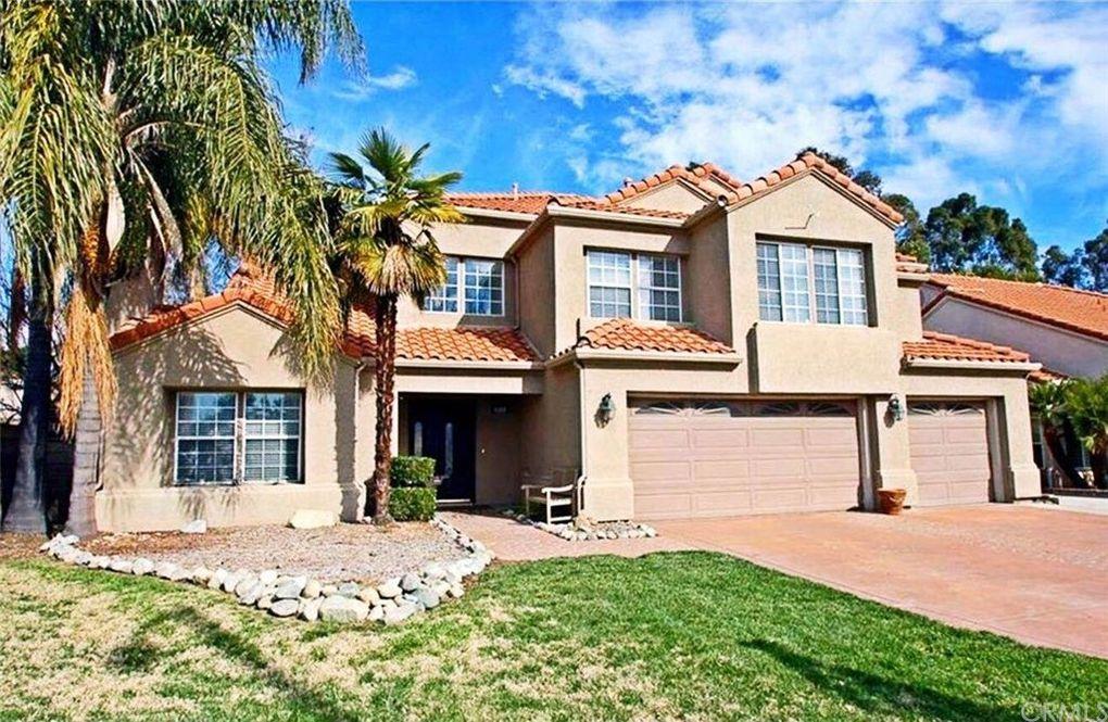 8568 Hunter Dr, Rancho Cucamonga, CA 91701