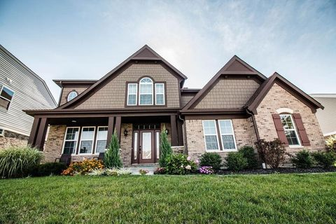 Photo of 1350 Golf Club Dr, Turtle Creek Township, OH 45036