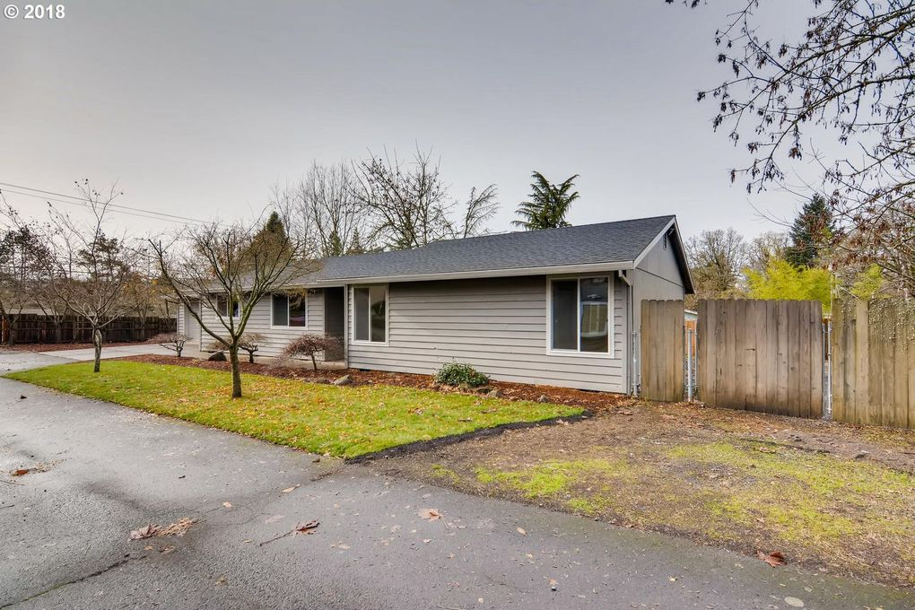 1463 Se Oak Grove Blvd, Milwaukie, OR 97267