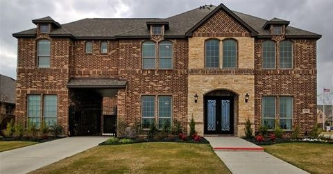 Photo of 3300 Lakemont Dr, Mansfield, TX 76084