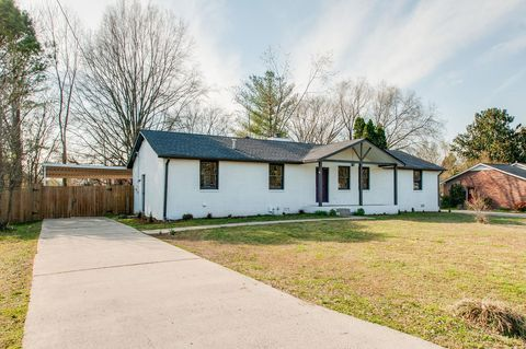 Photo of 4031 Cavalier Dr, Murfreesboro, TN 37129