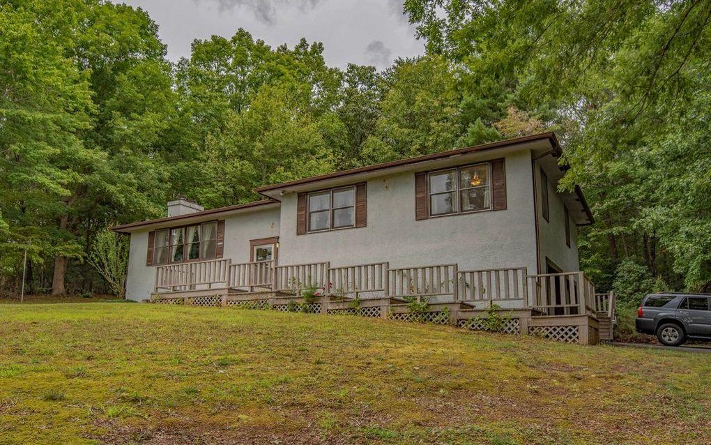 199 Oak Ridge Dr, Blairsville, GA 30512