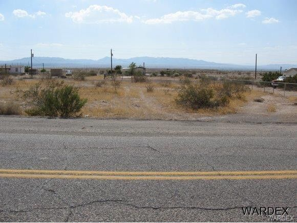 12722 S Cerro Colorado Dr, Topock Golden Shores, AZ 86436