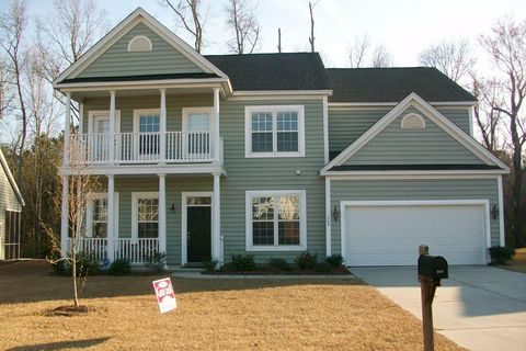 Photo of 368 Lakewind Dr, Moncks Corner, SC 29461