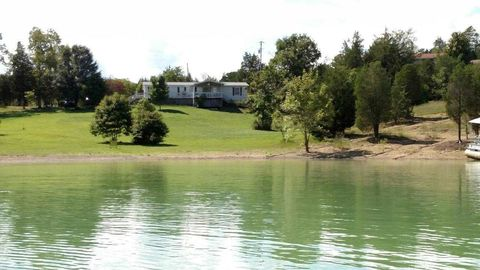 Photo of 2905 Chapel View Ct, Sevierville, TN 37876
