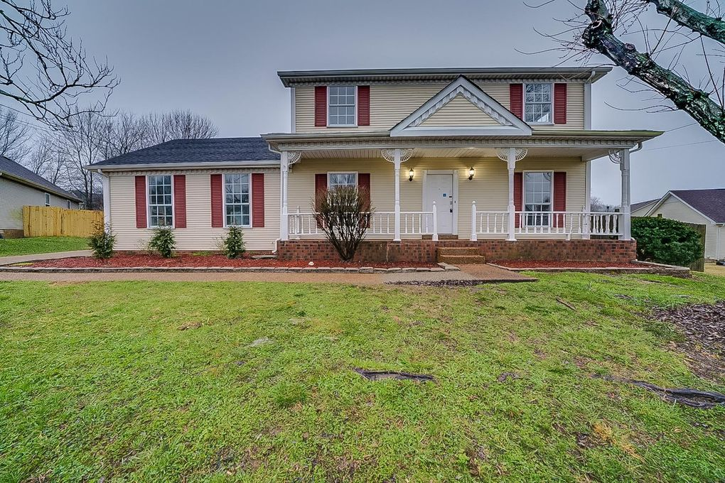 3108 Country Lawn Dr, Antioch, TN 37013