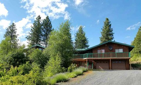Photo of 1130 Orchard Loop Rd, Troy, ID 83871