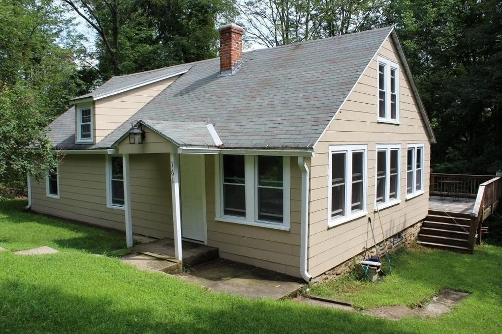 161 Summer St Barre, MA 01005