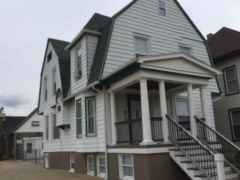 Photo Of 303 E Jefferson St Apt 1 Bloomington Il 61701 House For Rent
