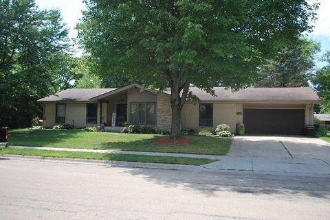 1038 Parkview Dr, Rochelle, IL 61068