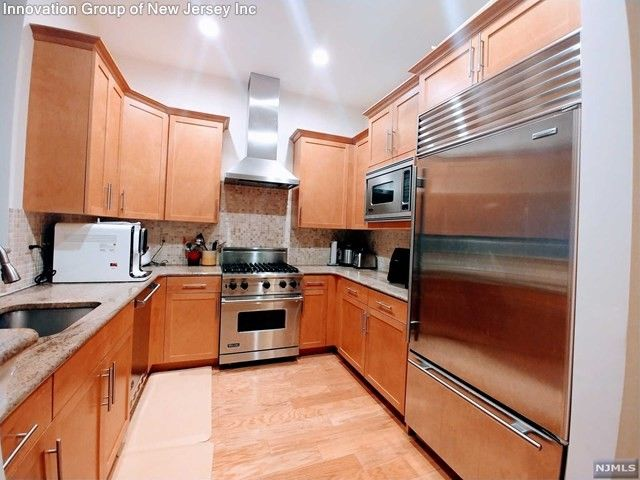 condo for rent - 3108 the plz, tenafly, nj 07670 - realtor®