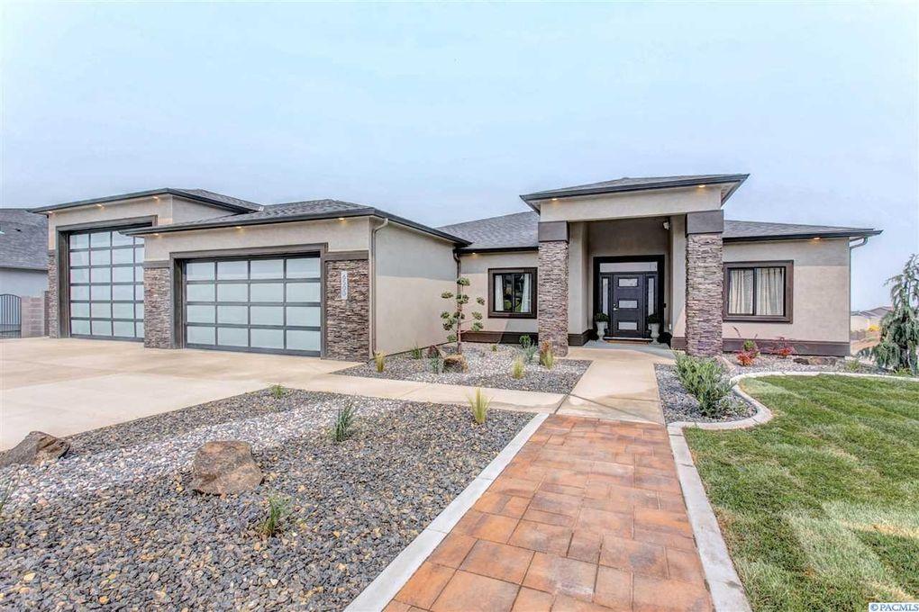 6500 Collins Rd, West Richland, WA 99353
