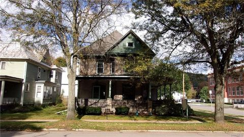 324 N Main St, Wellsville, NY 14895