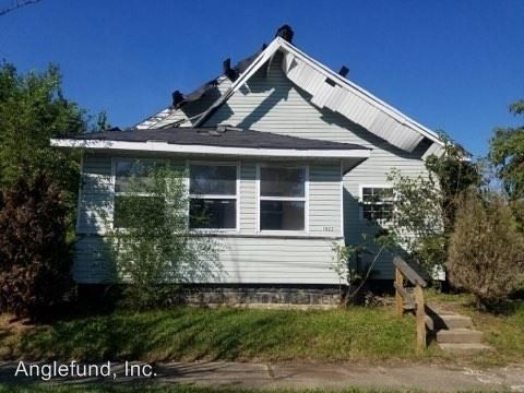 Photo of 1022 S Maple St, Marion, IN 46953