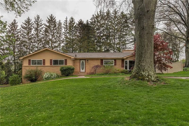 132 Fawn Valley Dr Canonsburg, PA 15317