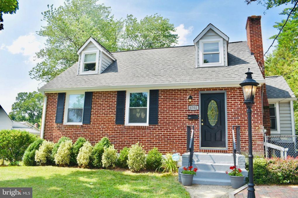 6702 Jefferson Ave Falls Church, VA 22042