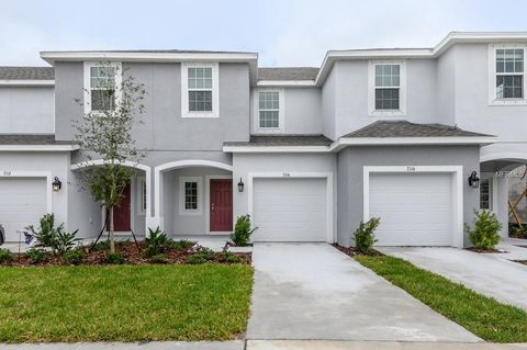Photo of 7114 Summer Holly Pl, Riverview, FL 33578