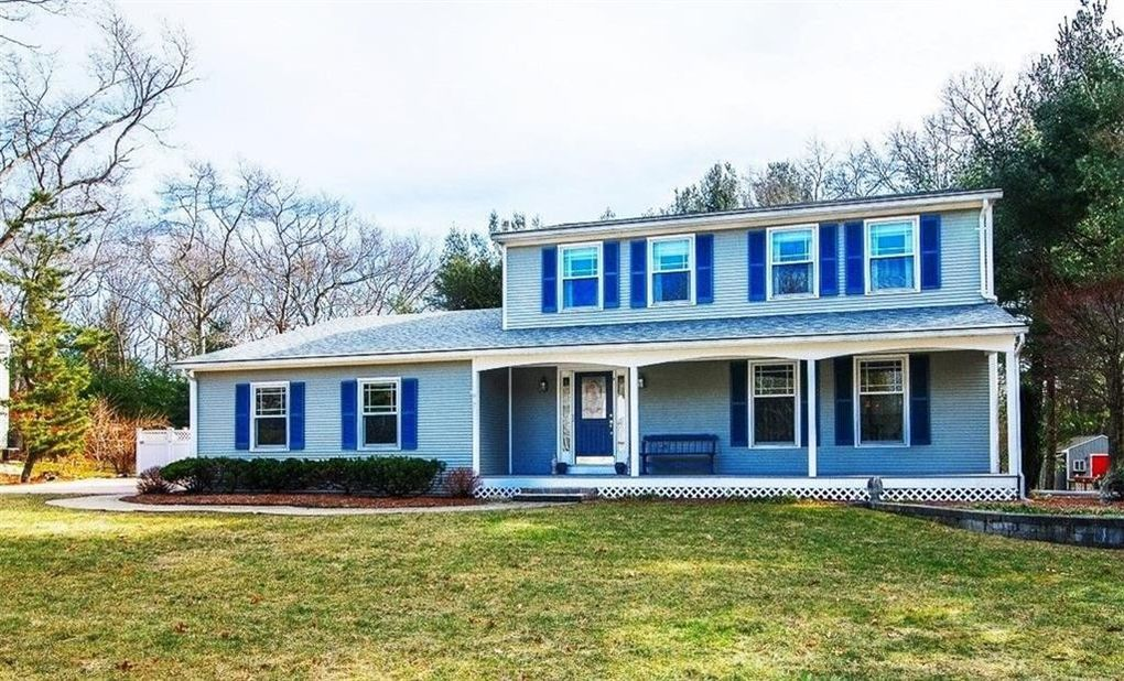 Estimated Monthly Payment & 7 Silver Maple Dr Coventry RI 02816 - realtor.com®