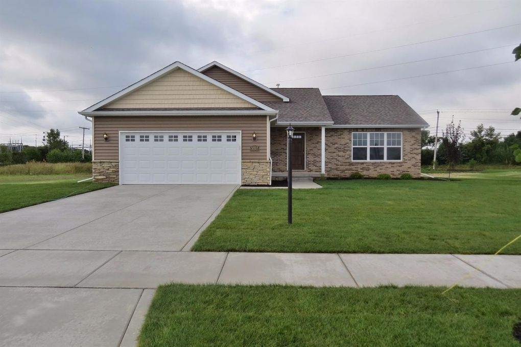 5082 Southview Dr Lowell, IN 46356