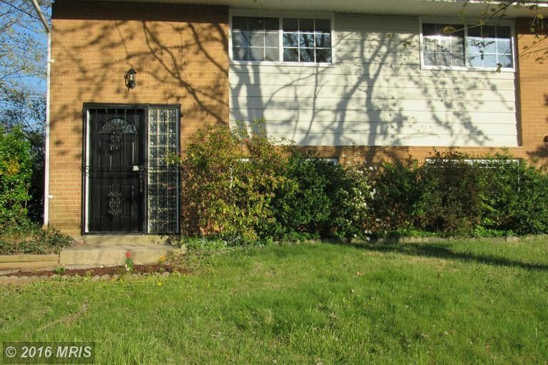 700 Booker Dr, Capitol Heights, MD 20743