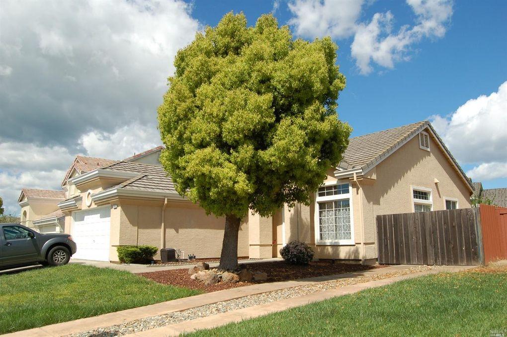 1648 Hazelwood Ct, Fairfield, CA 94534