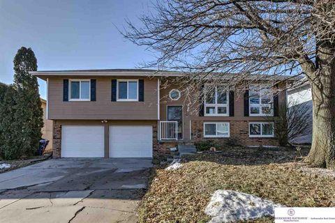 Photo of 12825 Chandler St, Omaha, NE 68138