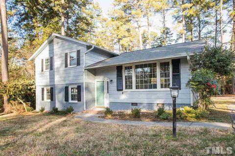Photo of 1303 Cypress Rd, Chapel Hill, NC 27517