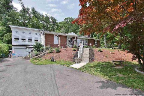 247 City View Ter, Kingston, NY 12401