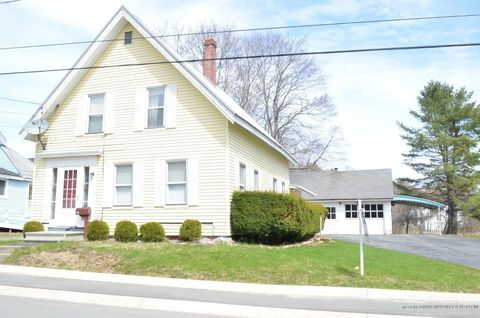 Photo of 30 Elm St, Old Town, ME 04468