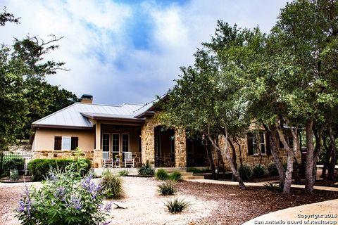 2369 Bella Vis, Canyon Lake, TX 78133