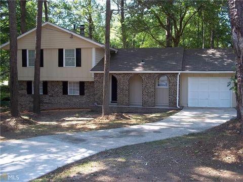 1090 Buckhurst Dr, Atlanta, GA 30349