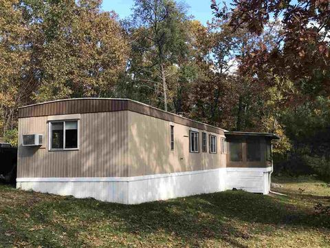 Photo of 1710 Arm Rd, Warrens, WI 54666