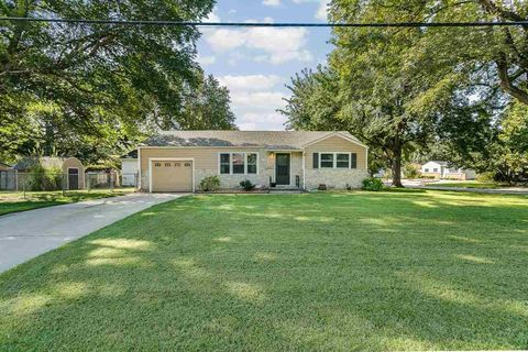 page 5 single family houses for sale in wichita ks single family real estate. Black Bedroom Furniture Sets. Home Design Ideas