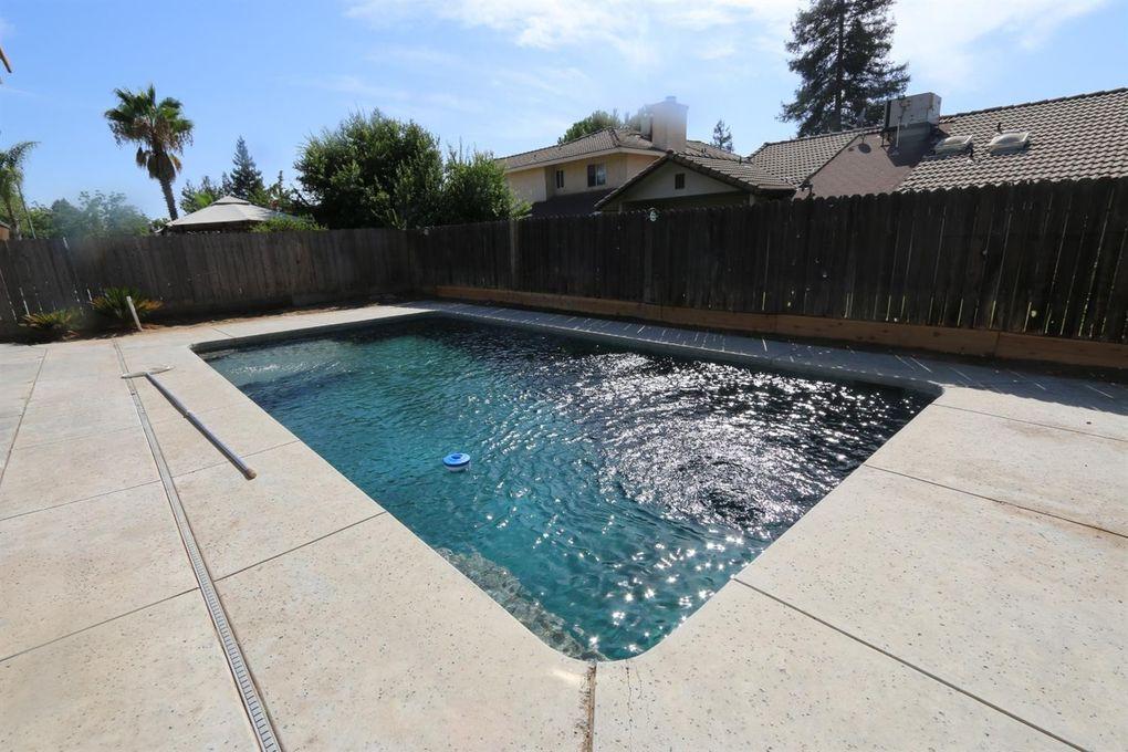 6217 N Cornelia Ave, Fresno, CA 93722