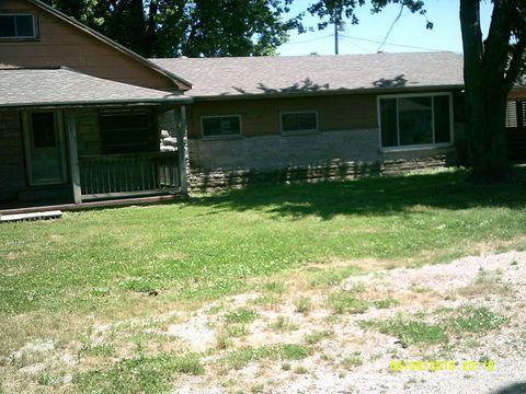 380 West St, Wolf Lake, IL 62998