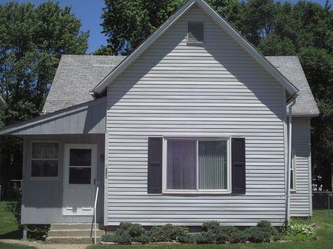 Photo of 250 Lincoln Ave, Arcola, IL 61910