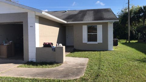 Photo of 333 Country Lane Dr, Cocoa, FL 32926