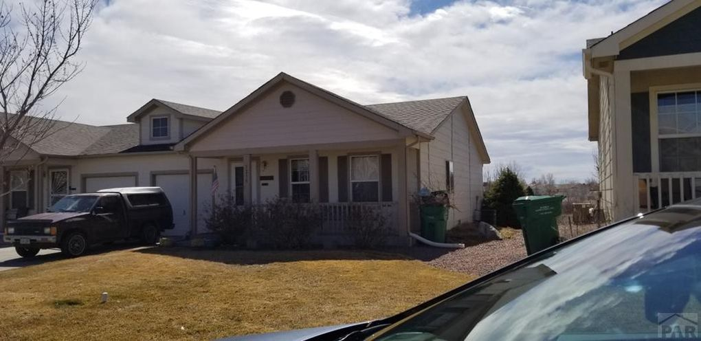 1216 Silver Hawk Ct Pueblo Co 81008 Realtor Com