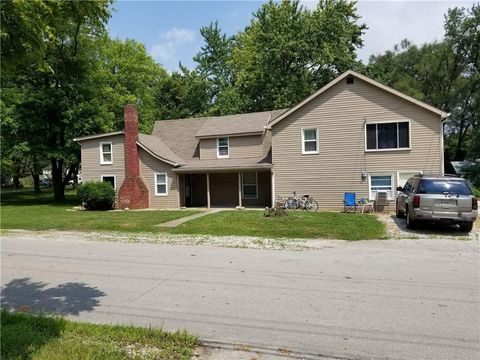 Photo of 2861 S Roena St Apt B, Indianapolis, IN 46241