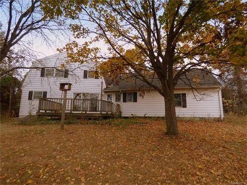 16333 Lowery Rd, Sylvan Township, MI 48118