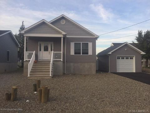 Photo of 120 E Arverne Ave, Ocean Gate, NJ 08740