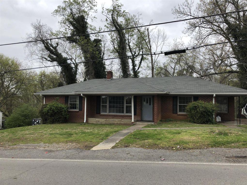 105 Stratton Blvd, Ashland City, TN 37015