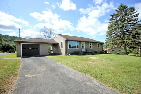 Photo of 602 Lien St, Coon Valley, WI 54623